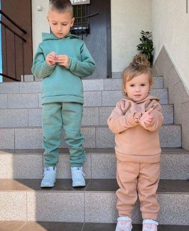 Детский спортивный костюм.Спортивный костюм для девочки.