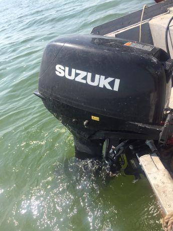 Suzuki 30 2т лодочный мотор