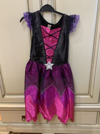 Платье и шляпа на Хэллоуин. 9-10 лет