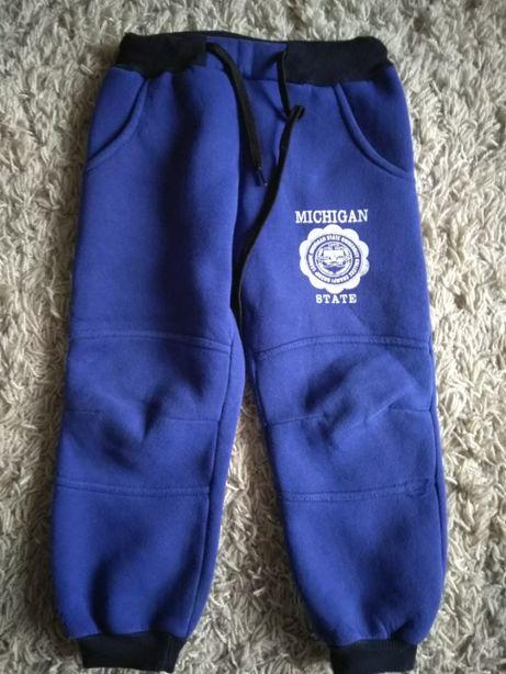 Теплые штаны зима- осень на 3-4 года спортивные