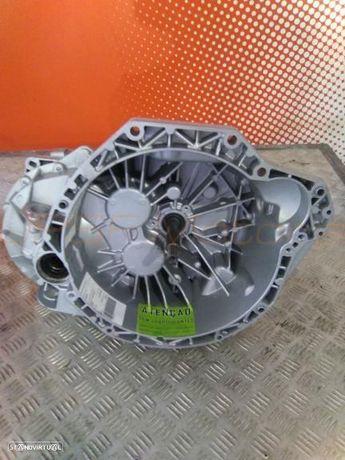 Caixa de Velocidades Renault Master II 2.5DCi DIESEL de 2007  Ref PK6080