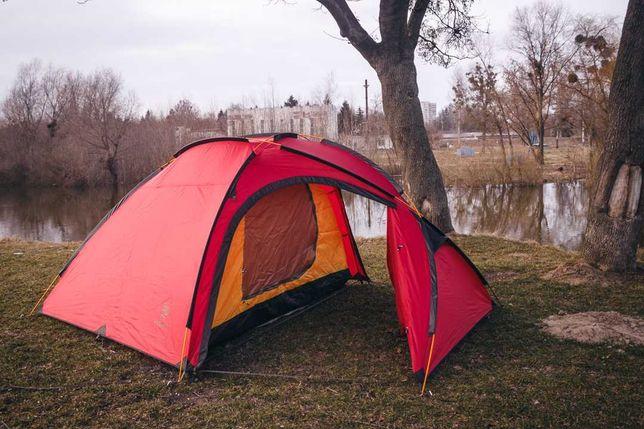 Намет з великим тамбуром 4-місний Hillman Turtle 4. Палатка, шатер.