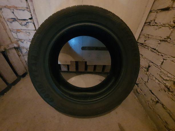 Opony letnie goodyear evicient 115.55.r17