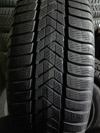Opony Pirelli 215/60 R16 (OP 149 )