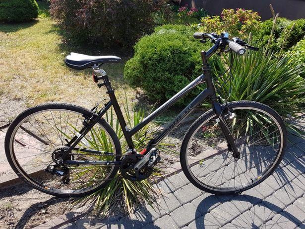 Trek 7.0FX rower