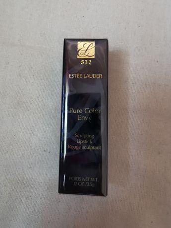 ESTÉE LAUDER Pure Color Envy Sculpting Lipstick Pomadka 532