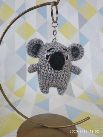 Breloczek ręcznie robiony miś koala, prezent dla niej i dla niego