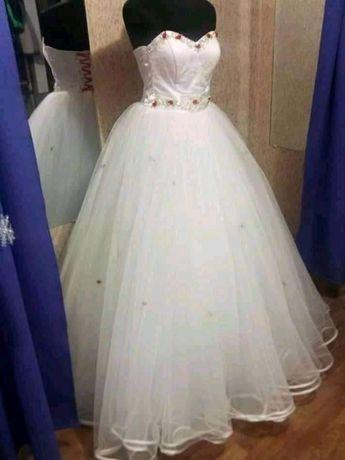 Продам или сдам на прокат,свадебное платье