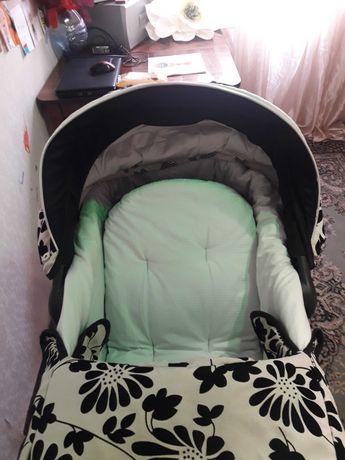 Детская коляска, продам не дорого, цену снизила в связи с переездом