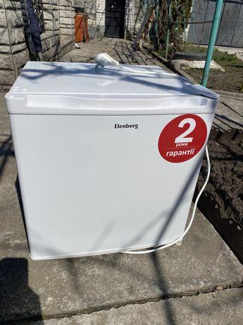 Однокамерний холодильник ELENBERG MR-51-O.