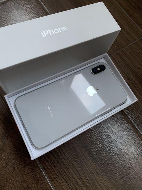 Продам iPhone X 64Gb Neverlock Silver