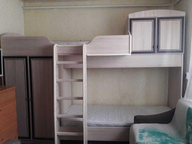 Двухъярусная кровать-горка