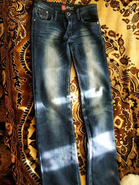 Продаємо джинси теплі
