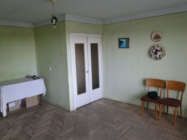 Продається однокімнатна квартира по вул. Коновальця