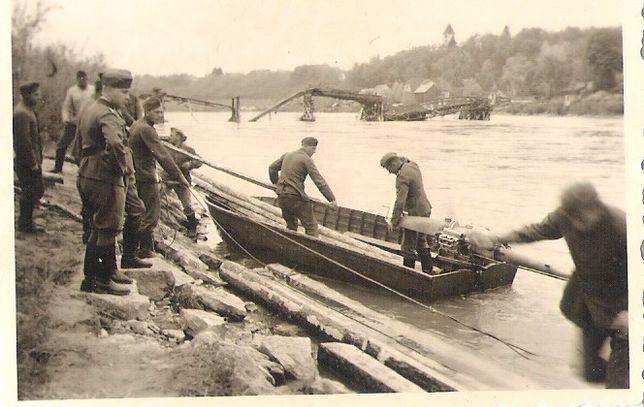 Stare zdjęcia Wehrmacht łódź desantowa