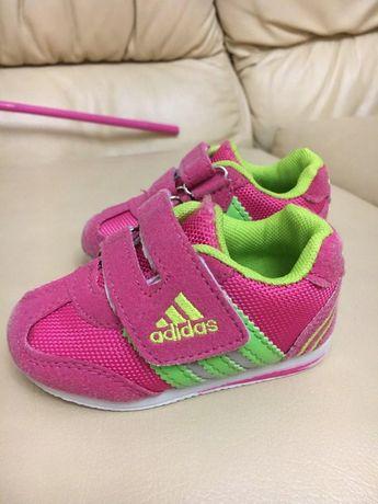 Фирменные кроссовки Adidas 13см