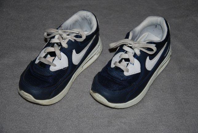 Buty chłopięce Nike rozmiar 27