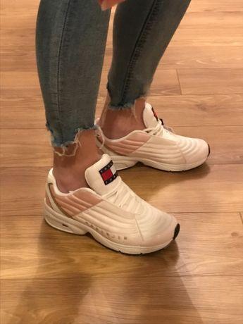 Sneakersy Tommy HILFIGER 38, NOWE