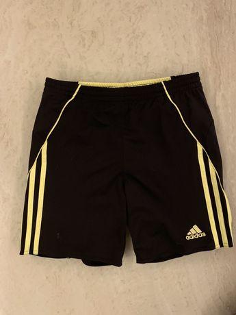 Spodenki krótkie Adidas rozmiar 152