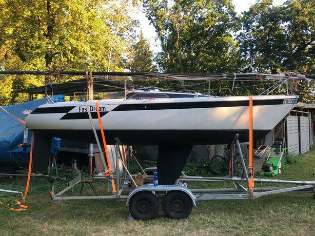 Парусная яхта Dehler Sprinta Sport+трейлер+мотор MERCURY 3.3+часы PYLE