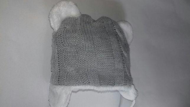 Zimowa czapeczka 3 miesiące