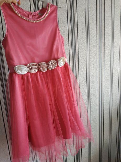 Платье нарядное 140-146
