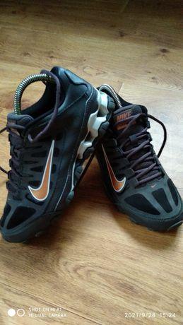 Кроссовки-  Nike