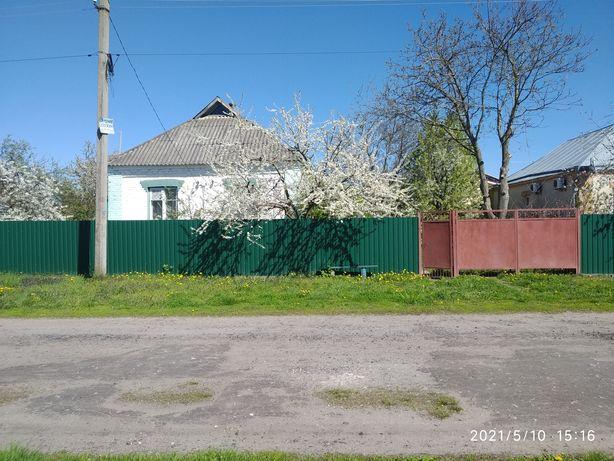 Продам будинок в с. Мирівка.
