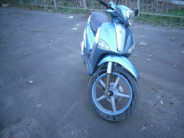 продам обміняю скутер Piaggio liberti 125