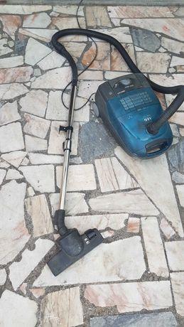 Aspirador AEG Electrolux 1800w