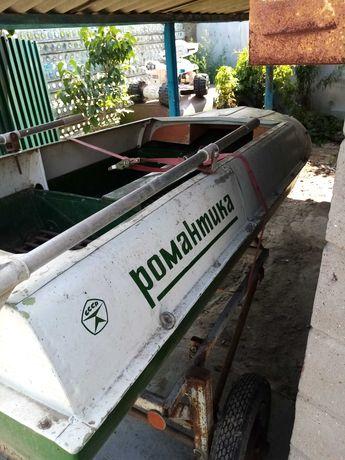 Продам лодку романтика