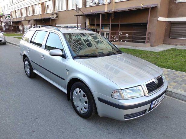 Skoda Octavia Tour Style 2004 2.0 мпи бензин с Германии!