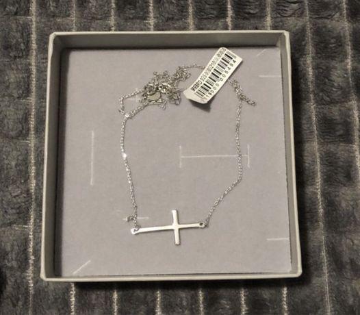 Nowy srebrny łańcuszek z krzyżykiem (najwyższa próba 925)