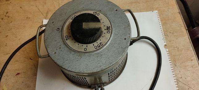 Aautotransformator regulowany 0-250 V, 10 A