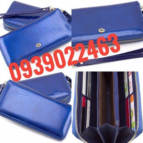 Женский кожаный Лаковый кошелек и клатч синего  цвета на молнии ST