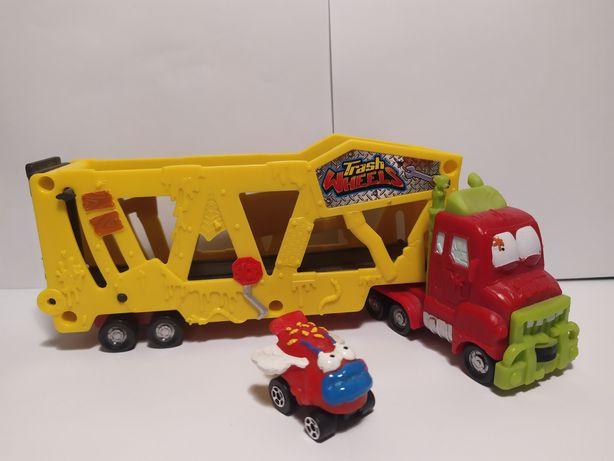 Śmieciaki: Ciężarówka