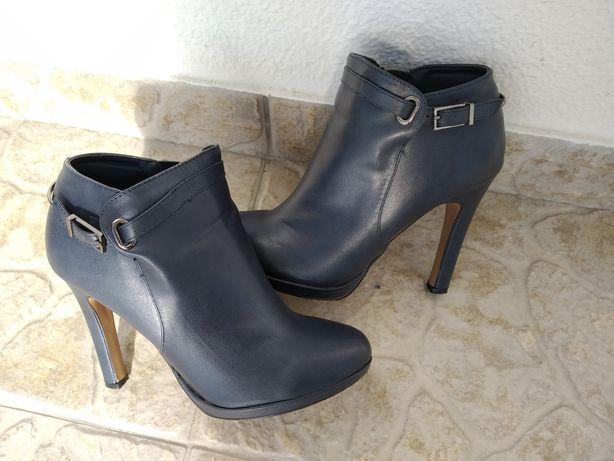 Sapatos Altos azuis escuro
