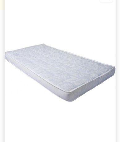 Матрац у дитяче ліжечко