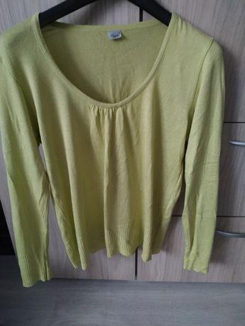 Sweterek elegancki oliwkowy