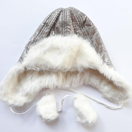 Новая серебристая шапка-ушанка для девочки