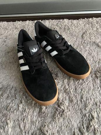 Кроссовки кеды Adidas черные, замш