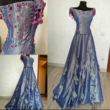Винтажное дизайнерское вечернее бальное платье винтаж