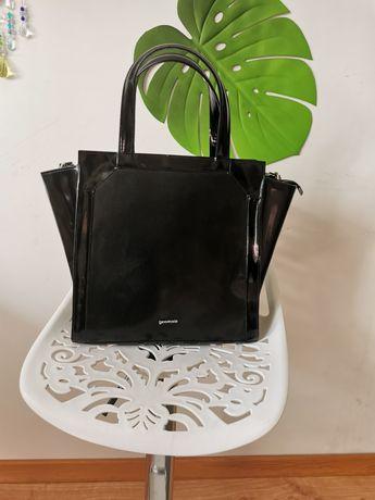 Duża skórzana torebka Gino Rossi czarna