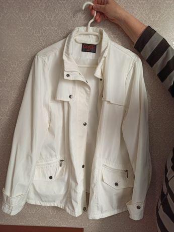 Плащевая куртка Giolli