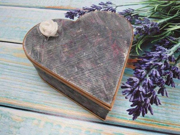 Шкатулка для украшений в форме сердца синего цвета