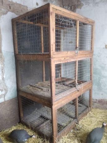 Продам клетку для енотов