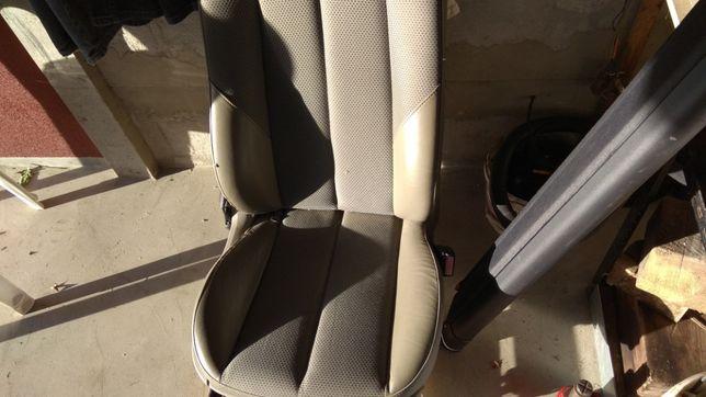 Siedzenie kierowcy Megan 2