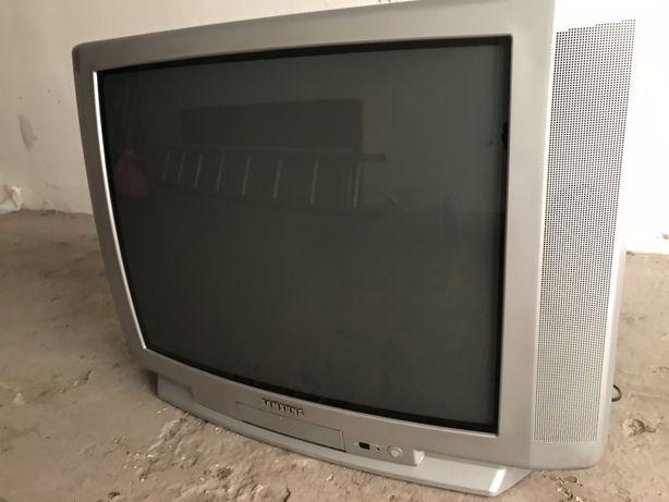 TV Samsung - ecrã 29cm