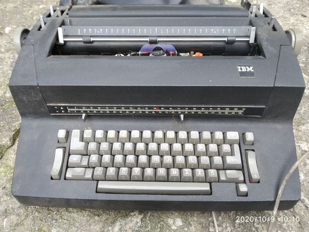 Sprzedam IBM maszyna do pisania
