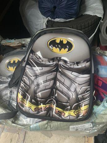 Очень качественный рюкзак для вашего мальчика с его любимым супер геро